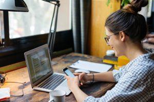 แนวคิดทำงานผ่านออนไลน์ ที่คนทำงานที่บ้านควรรู้ไว้